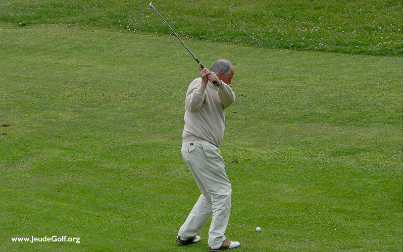 Golfeurs seniors, le swing se raidi