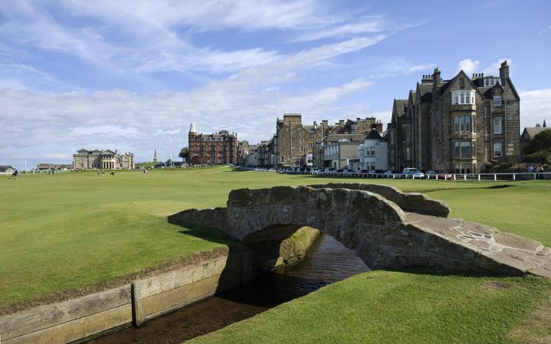 Parcours de golf dans l'Est de l'Écosse, de St. Andrews à Carnoustie