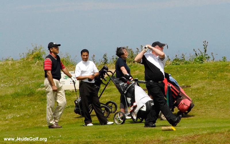 il n'y a pas d'âge pour jouer au golf