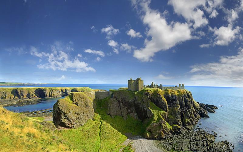 Jouer au golf et voyager autour d'Aberdeen, au Nord Est de l'Écosse