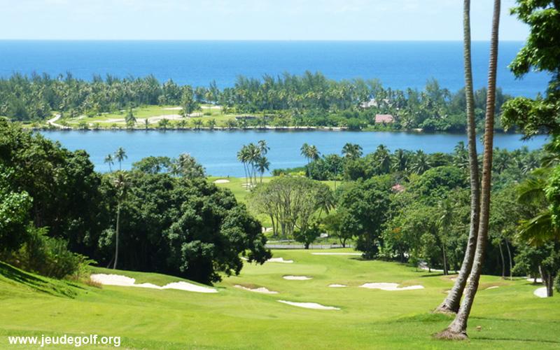 La Polynésie : Tahiti et Moorea, Golfs au bout du monde