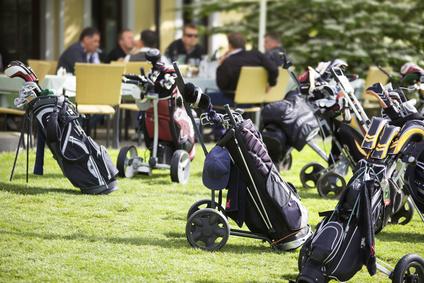 Chariot de golf : Ce qu'il faut savoir avant de choisir