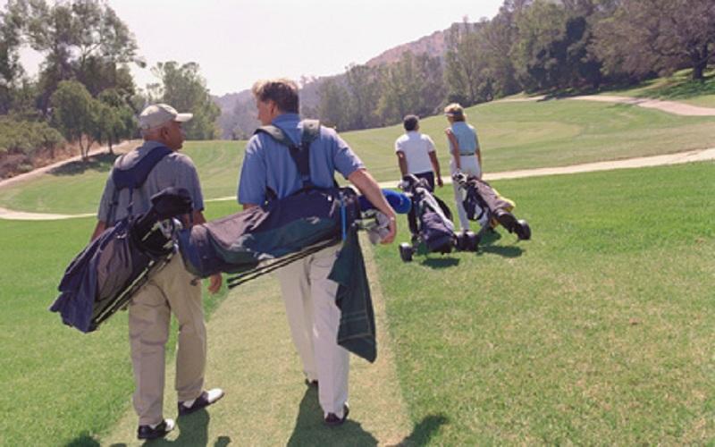 Se faire de bons copains au golf