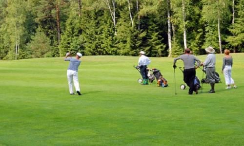 Pimenter une partie de golf avec des petits jeux
