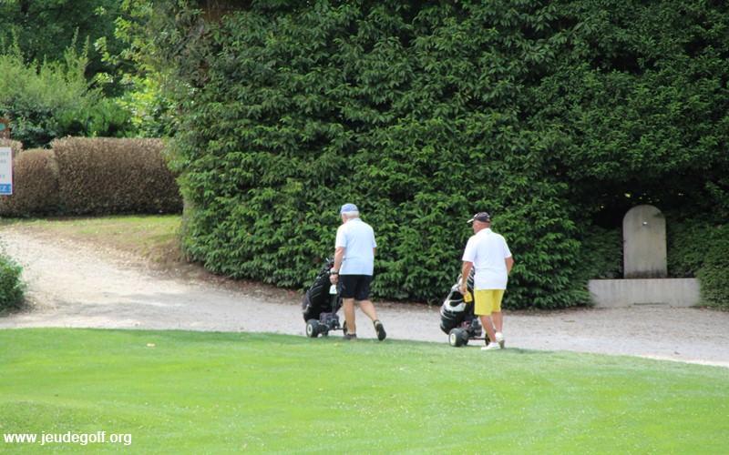 L'essentiel pour être optimiste, est que vous ayez pris du plaisir à vous retrouver avec vos amis pour cette première journée golfique.