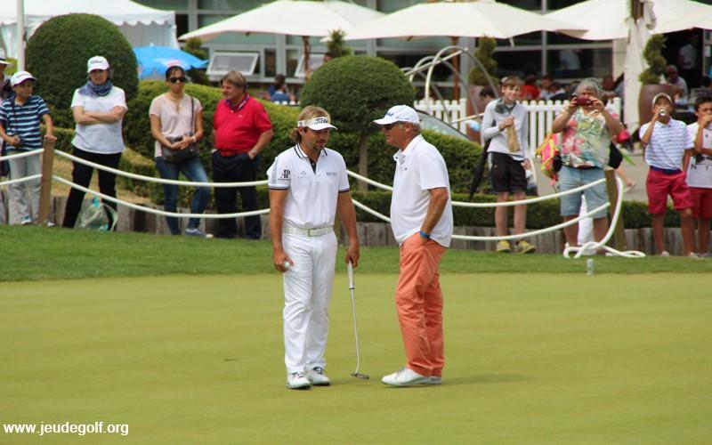 La relation coach-golfeur sur le tour: un exemple pour les amateurs