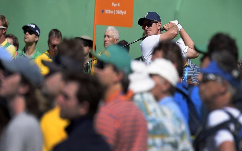 Devant près de 12,000 spectateurs (une affluence étonnante pour un tournoi de golf au Brésil), Justin Rose est parvenu à venir à bout du tenace Henrik Stenson, déjà vainqueur plus tôt cet été de son premier majeur.