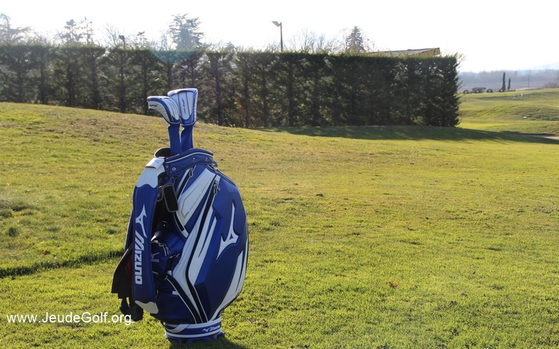 Revue du sac de golf Mizuno Staff Bag Tour Elite