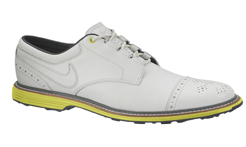 La chaussure Lunar Clayton