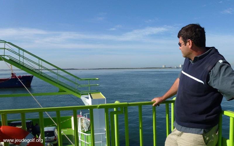 La traversée de l'estuaire du Sado en bateau constitue à elle seule un dépaysement total, rien de mieux pour débrancher complètement de la civilisation avant un parcours de golf…