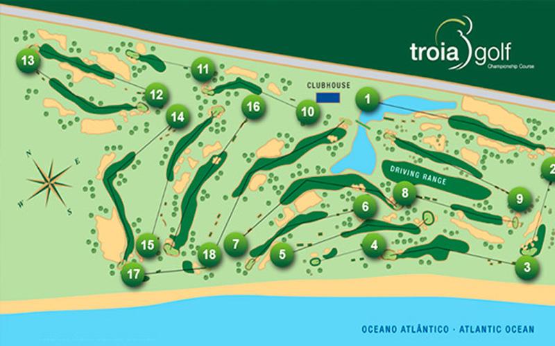 Troia, c'est 6317 mètres de long qui s'étendent, entre d'un côté des dunes de sable à la végétation tropicale, et de l'autre côté la vue sur l'Océan.
