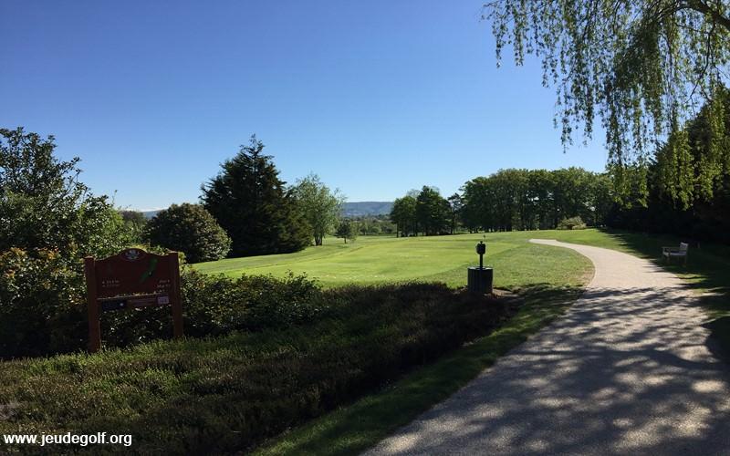 Le golf de Salvagny : Le test du parcours des étangs (l'aller)