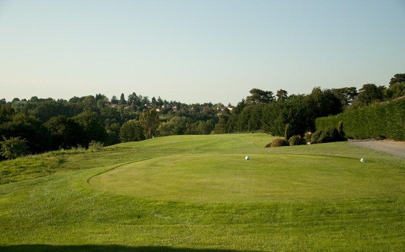 Photo issue du site internet du golf de Salvagny concernant le départ du 6