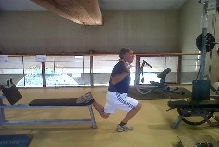 exercice jambe repliée