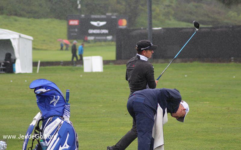 Pour Ericsson, la différence entre amateur et professionnel tient souvent dans le fait qu'avec un driver, un amateur veut juste taper le plus loin possible, alors que le golfeur professionnel a toujours une image en tête du coup qu'il veut produire.