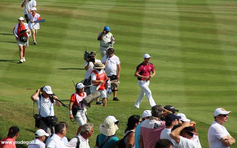 Apprendre de la routine des golfeurs pros à la télé