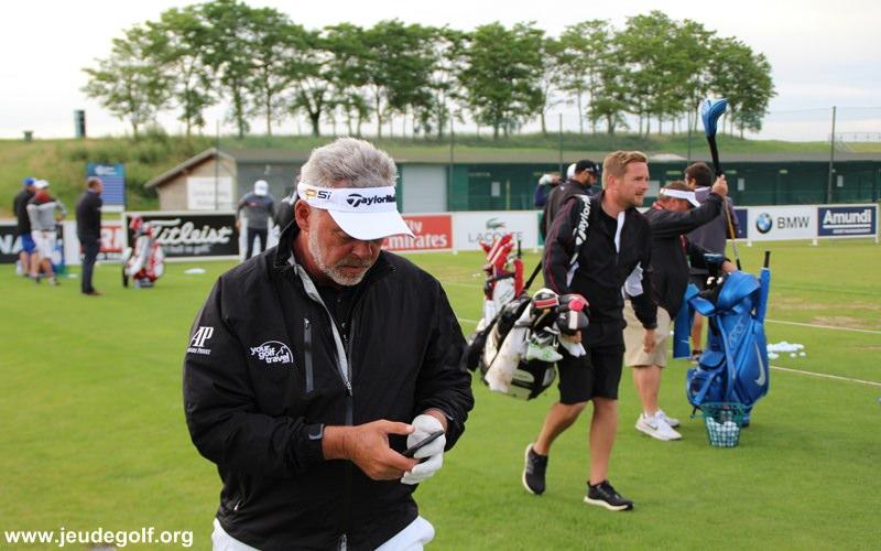 une victoire ferait de lui le nouveau sorcier blanc du golf européen…