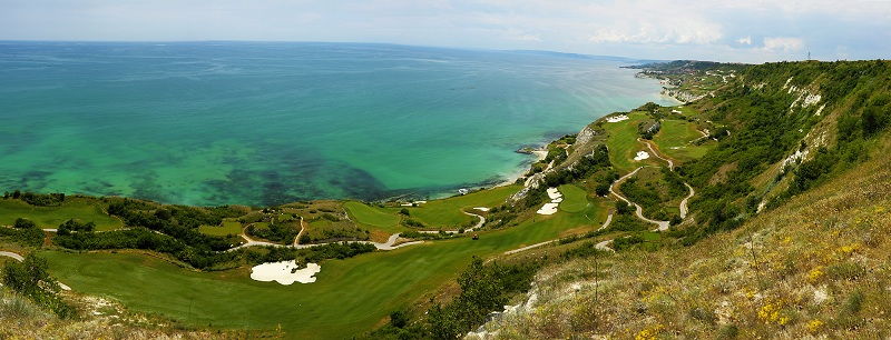 Le Thracian Cliffs Course de Bulgarie : Le Pebble Beach Européen !