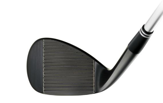 Concernant les rainures et le taux de spin autorisé, Cleveland Golf adopte les mêmes procédés qui lui permettent de tenir compte des nouvelles règles de l'USGA, à savoir Tour Zip Grooves™ et Laser Milled™.