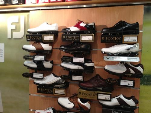 Mur de chaussures de golf Footjoy