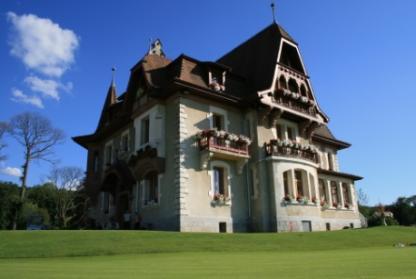 Un manoir ouvre ses portes à Evian pour accueillir les golfeurs