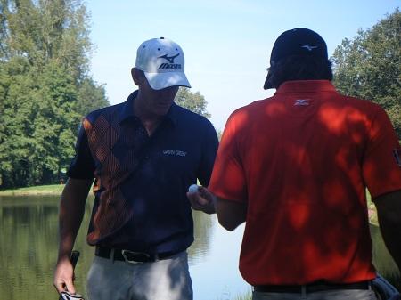 Attention, le golf c'est du sérieux !