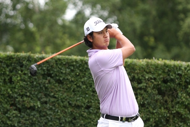 Du haut de ses 23 ans, le Sud Coréen Sihwan Kim, conserve la tête du classement en terminant son parcours par deux magnifiques birdies aux trous 8 & 9