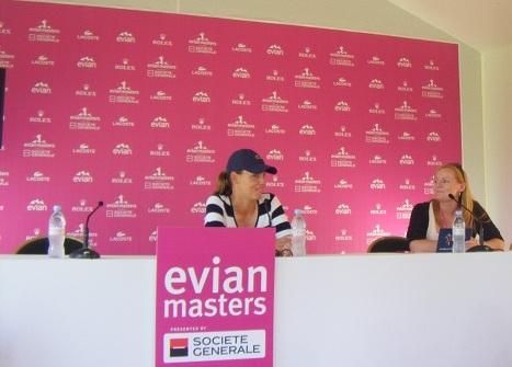 Karin Icher en point presse à l'Evian Masters le 25 juillet 2012