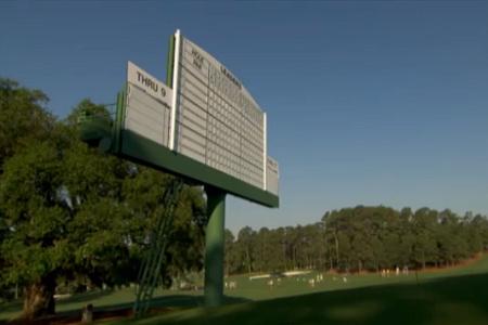 Le nom d'Adam Scott tout en haut du leaderboard à Augusta