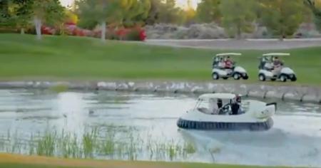 Se déplacer en hovercraft sur un parcours de golf ?